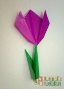 Membuat Origami Bunga Tulip plus Batang