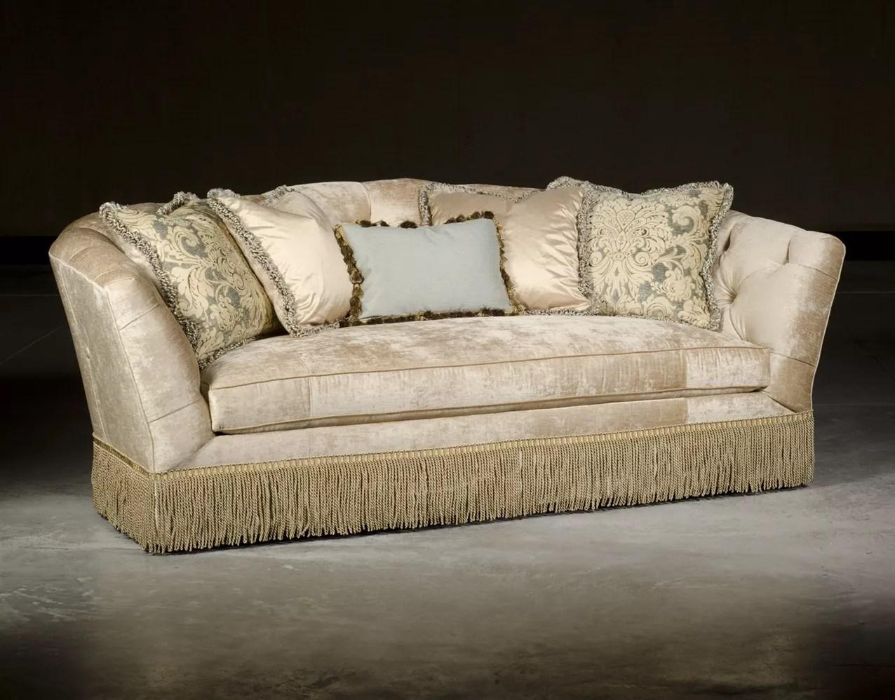 Traditional Style Sofa Signature Traditional Style Sofa
