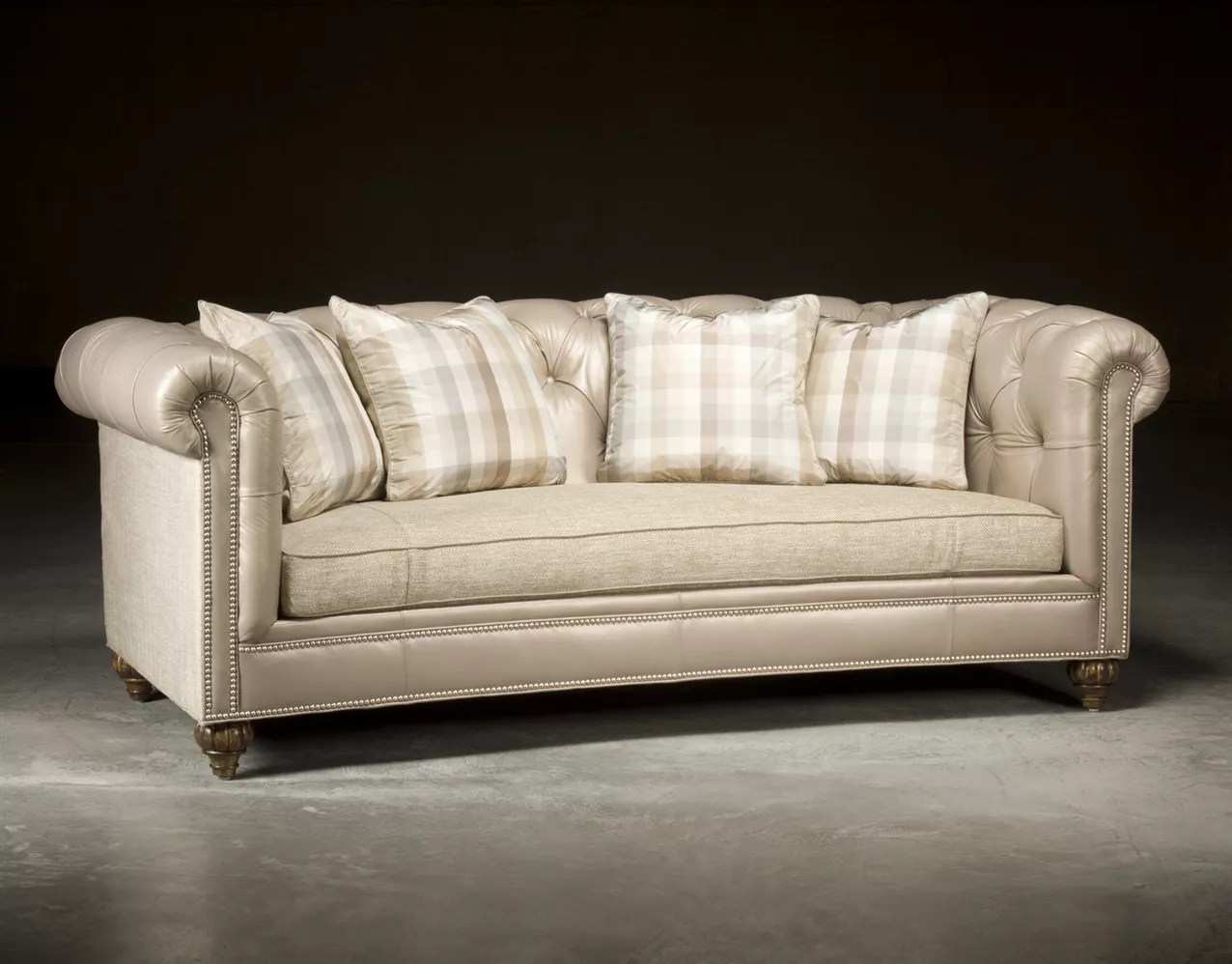 Sofa Couch Or Chesterfield Chesterfield Tufted Sofa High End Upholstered Furniture