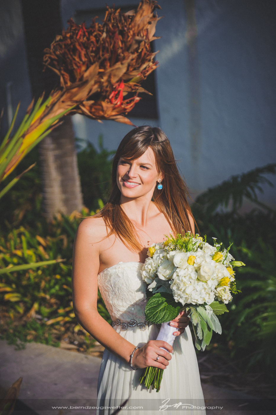 Cabrio Pavillon Cabrillo Pavilion Arts Center Wedding Santa Barbara Chloe And