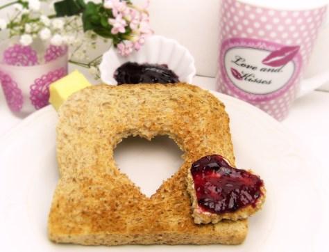 love-toast-jam-Valentines