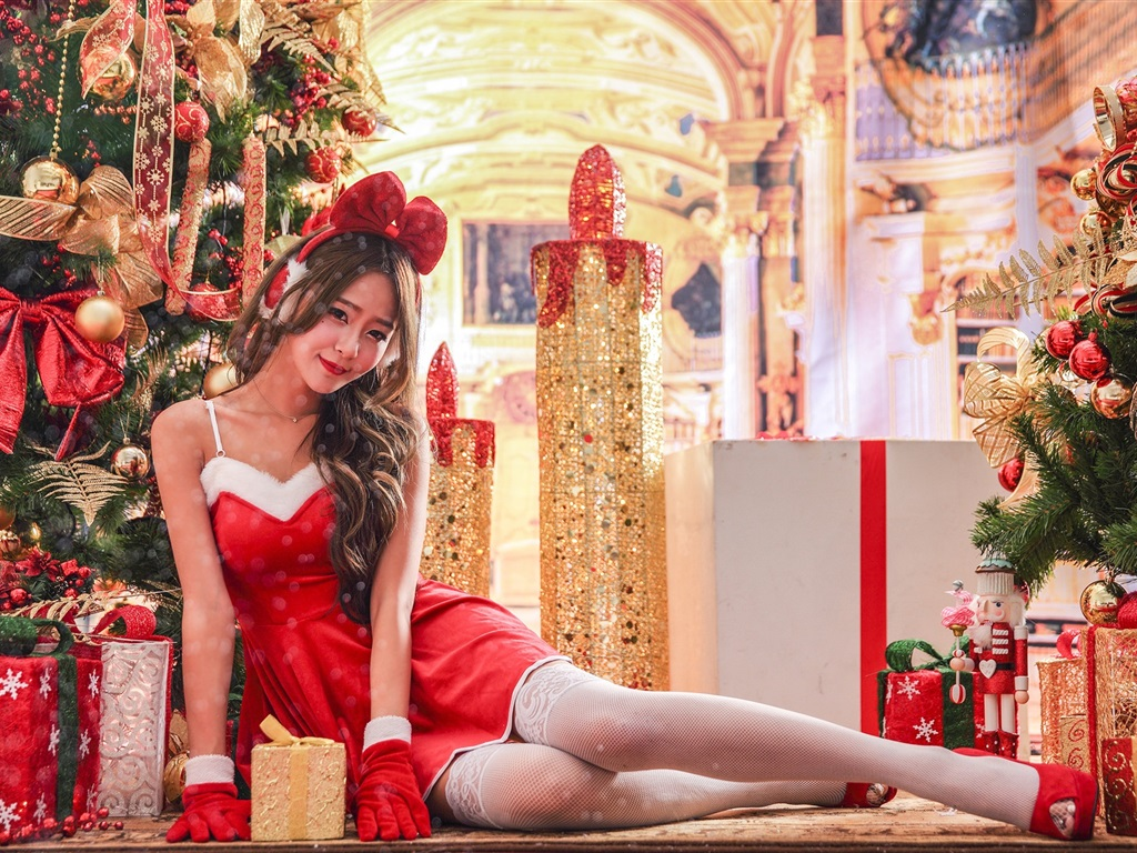 Pretty asian girl red dress smile christmas holiday wallpaper