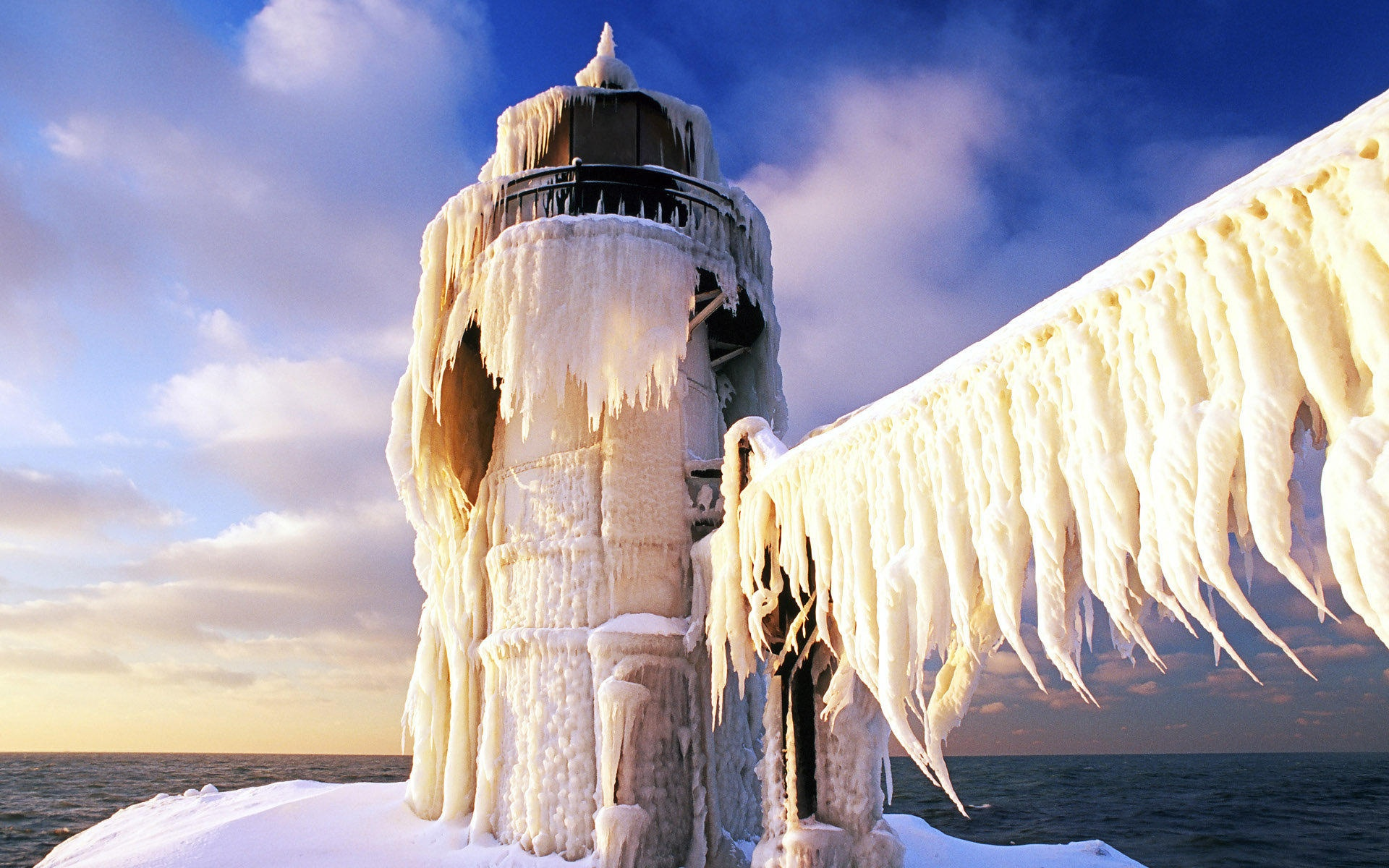 Cute Iphone 5c Wallpapers Wallpaper Frozen Lighthouse 1920x1200 Hd Picture Image