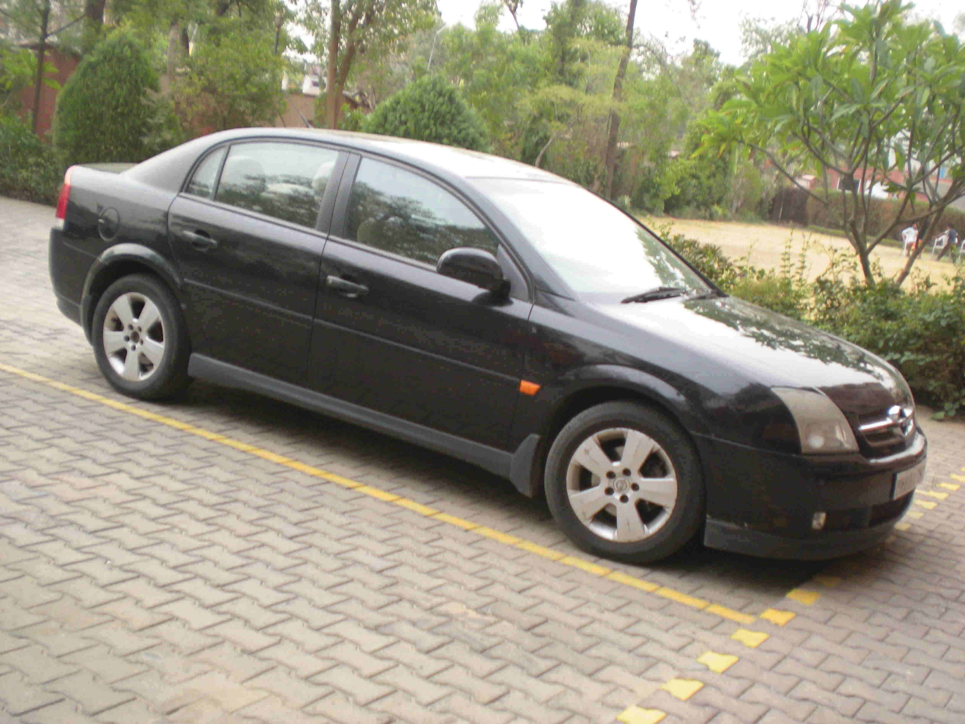 New Vauxhall Vectra Vauxhall India Latest Chevrolet Enjoy Mpv With Vauxhall