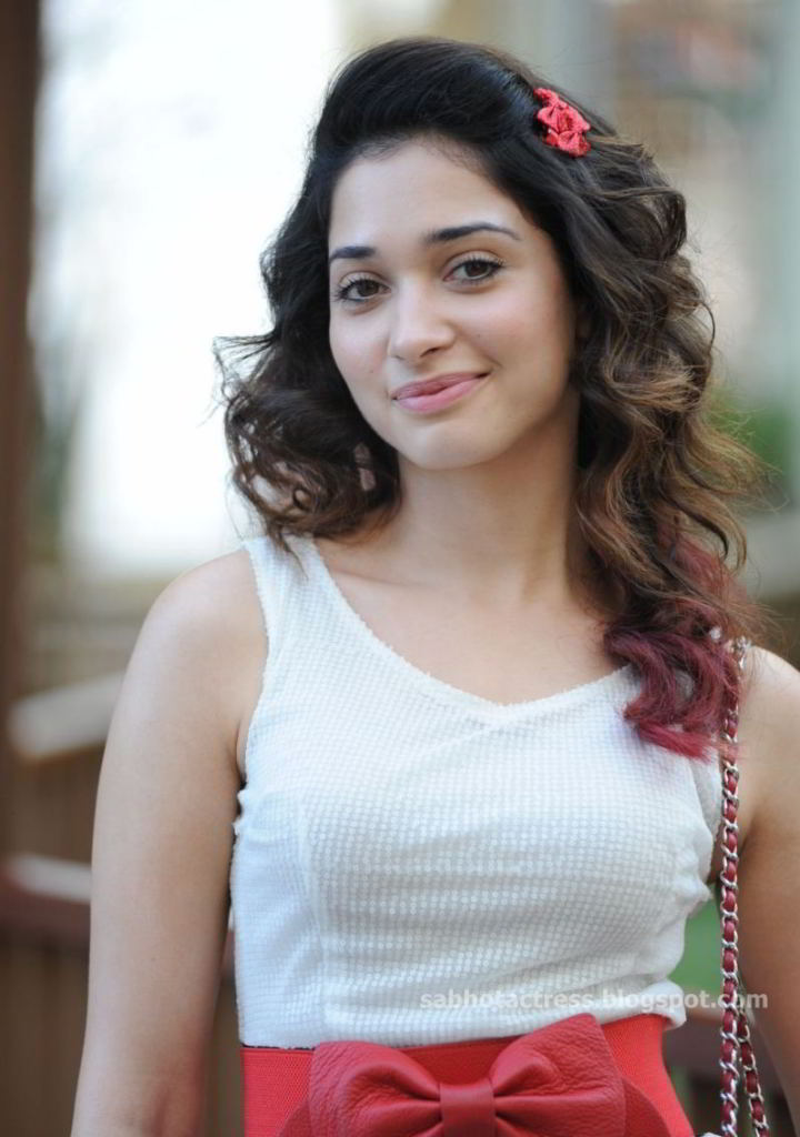 Cute Pink Cell Phone Wallpaper Tamanna Bhatia Best Pictures Of Celebrity