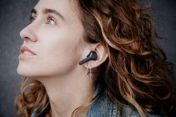 Teufel-Airy-True-Wireless-black-lifestyle-36A7846_1500x1000