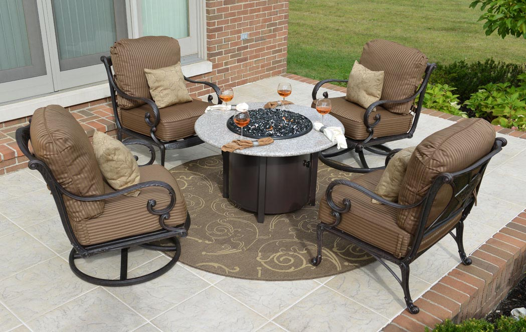 Outdoor Patio Set With Fire Pit