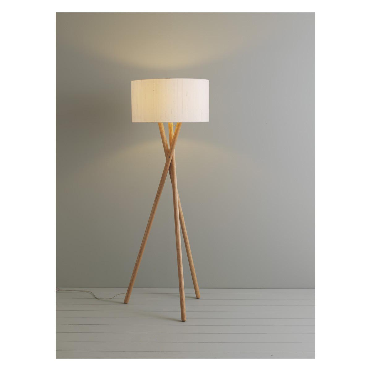 Floor Lamp Wooden Wooden Tripod Floor Lamps Light Fixtures Design Ideas