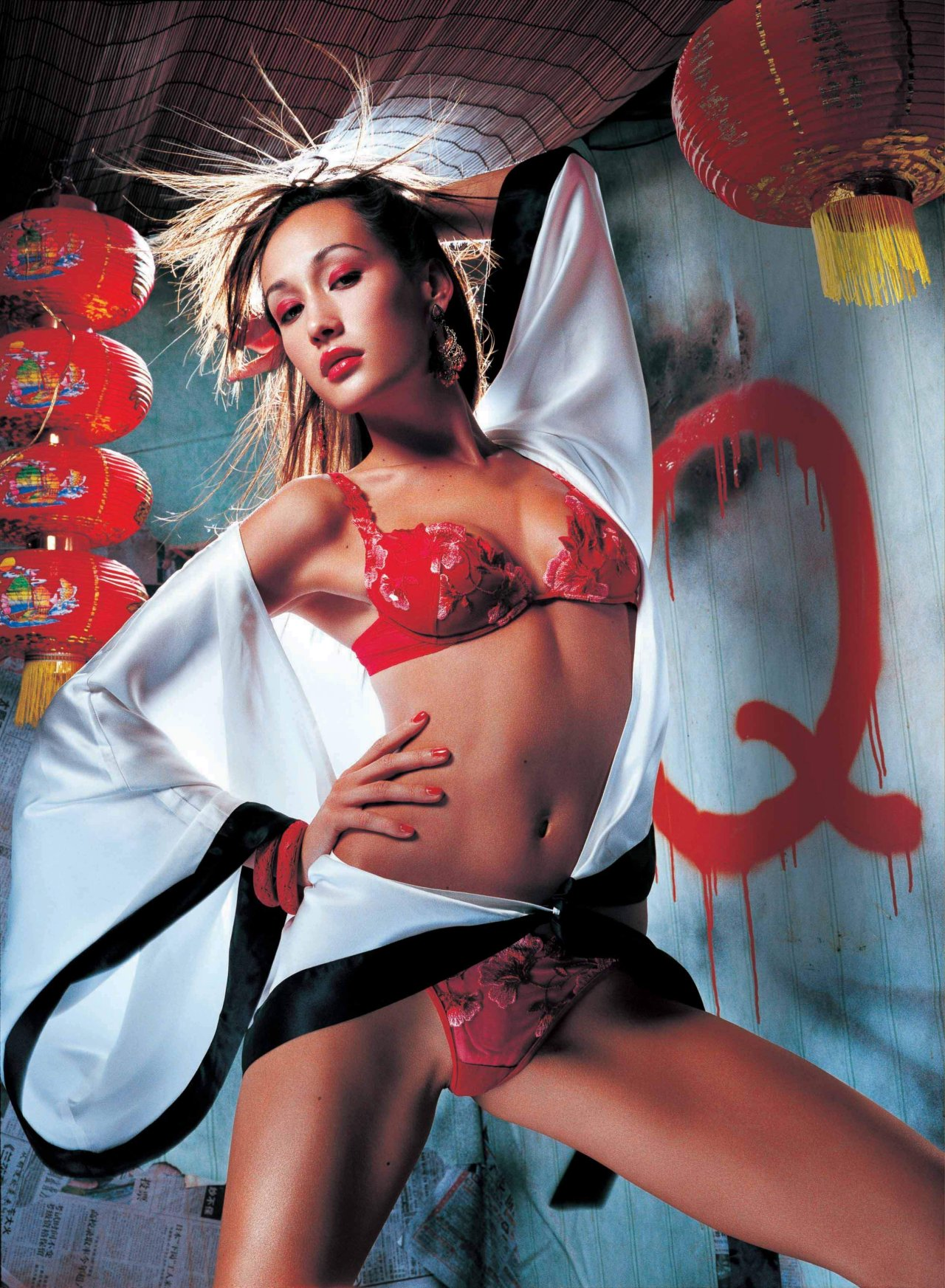 Awesome Animated Wallpapers 38 Hot Pictures Of Maggie Q Will Get You All Sweating