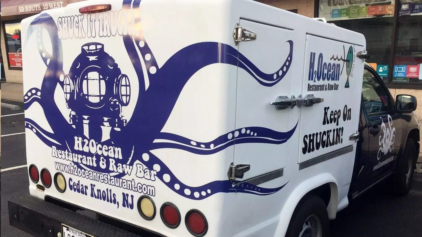 Artevino Llc The Shuck It Truck Debuts With Good Food For A Good Cause Best