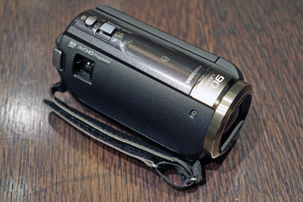 Panasonic HC-W850 Camcorder  Review