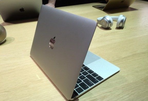 12-inch MacBook (2015) Laptop  Review