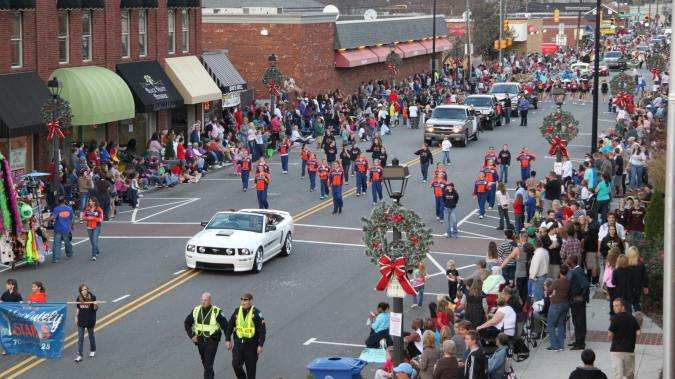 Mooresville's Annual Christmas Parade