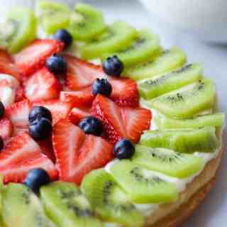 dessert-fruit-pizza2