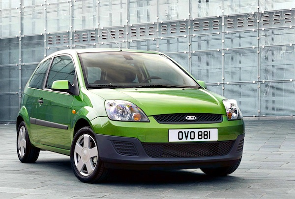 uk 2006 focus and corsa on top fiesta leads for one. Black Bedroom Furniture Sets. Home Design Ideas
