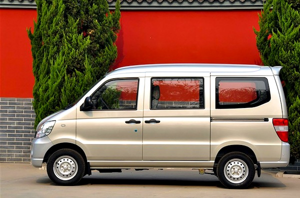 Wuling Sunshine China April 2013. Picture courtesy of 360che.com