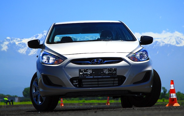 Hyundai Accent Madagascar June 2013. Picture courtesy of idrive.kz