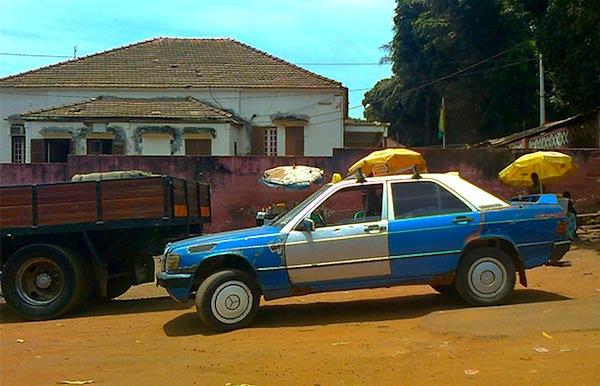 Mercedes 190 Guinea Bissau 2012