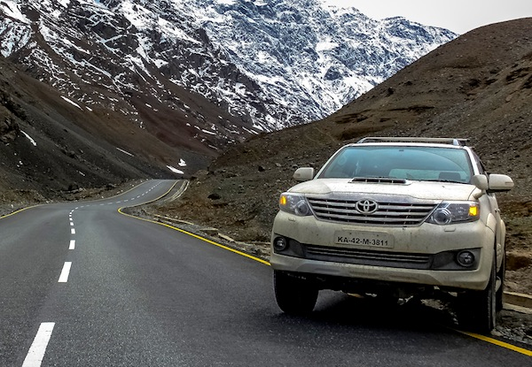 Toyota Fortuner Vietnam May 2013. Picture courtesy of gaadi.com