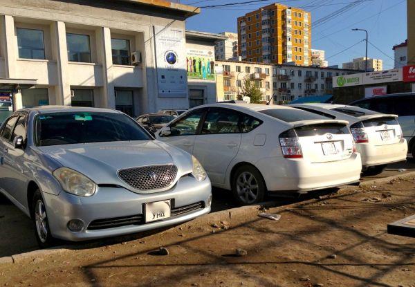 2 Toyota Verossa Prius