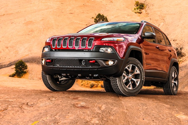Jeep Cherokee USA April 2014. Picture courtesy of motortrend.com