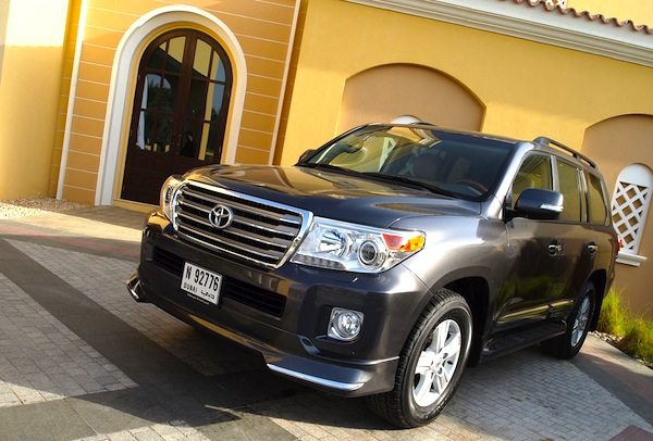 Toyota Land Cruiser UAE March 2014. Picture courtesy of Motoring Middle East