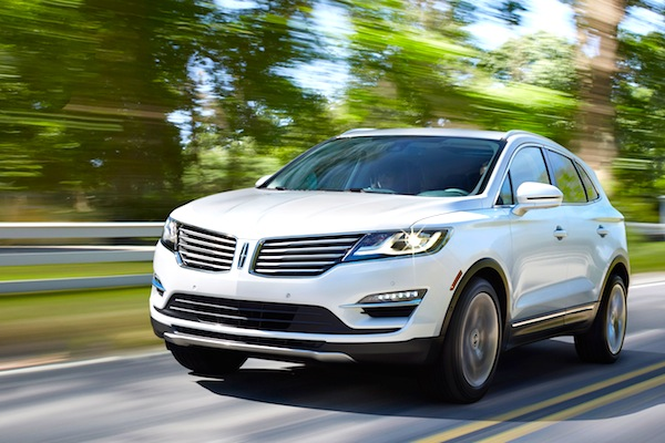 Lincoln MKC Canada August 2014. Picture courtesy of motortrend.com