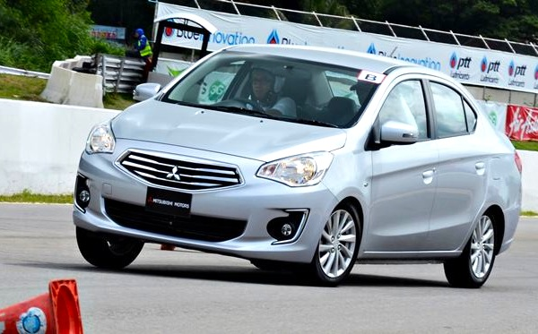 Mitsubishi Mirage G4 Philippines July 2014. Picture courtesy of livelifedrive.com