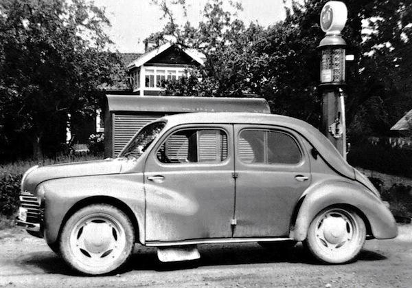 france 1946 renault 1 overall citroen traction avant potential best seller best selling. Black Bedroom Furniture Sets. Home Design Ideas