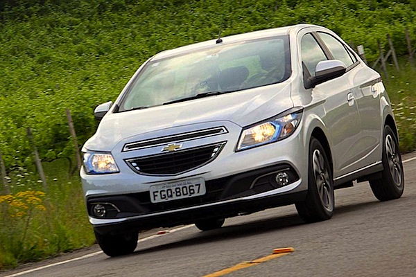 Chevrolet Onix Brazil October 2014. Picture courtesy of autossegredos.com.br