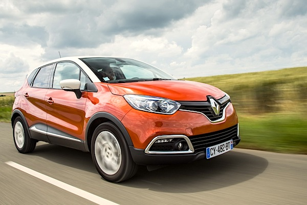 Renault Captur Bulgaria May 2015. Picture courtesy of largus.fr