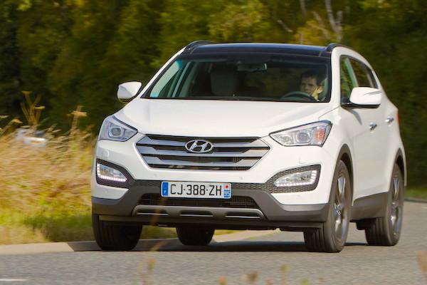 Hyundai Santa Fe Sweden February 2015. Picture courtesy largus.fr