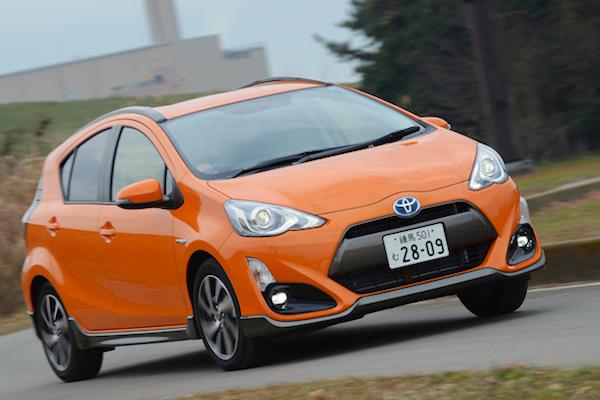 Toyota Aqua X-URBAN Japan March 2015. Picture courtesy autoc-one.jp