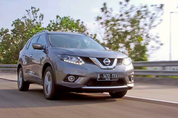 Nissan X-Trail Indonesia February 2015. Picture courtesy autobild.co.id