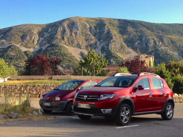 3. Dacia Sandero Renault Twingo France 2015