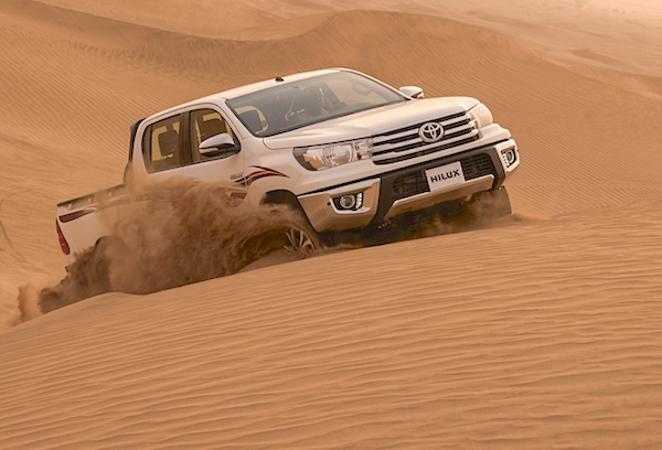 Toyota Hilux Saudi Arabia August 2015. Picture courtesy saudishift.com