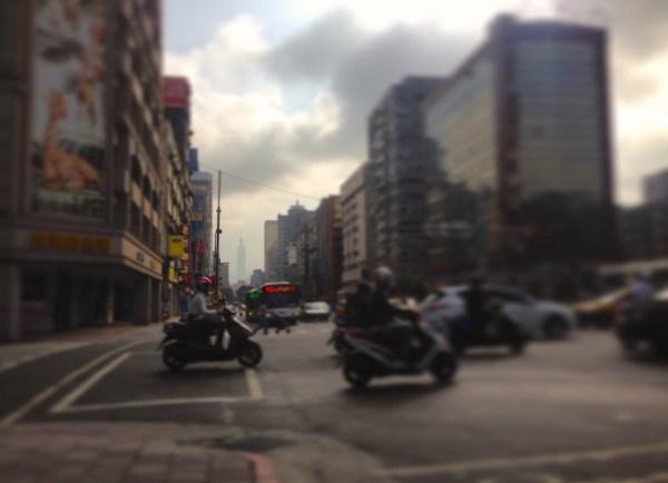 2. Taipei street scene 4