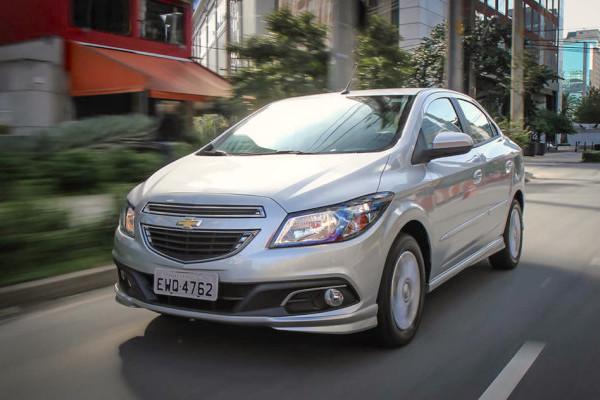Chevrolet Prisma Brazil October 2015. Picture courtesy carplace.uol.com.br