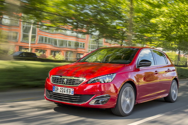 Peugeot 308 Europe December 2015. Picture courtesy largus.fr