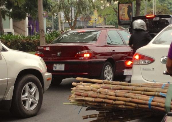 12. Peugeot 406 Phnom Penh