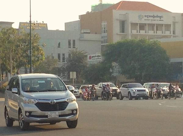 9. Toyota Avanza Phnom Penh