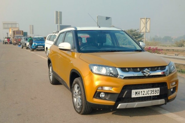 Maruti Vitara Brezza India March 2016. Picture courtesy motoroids.com