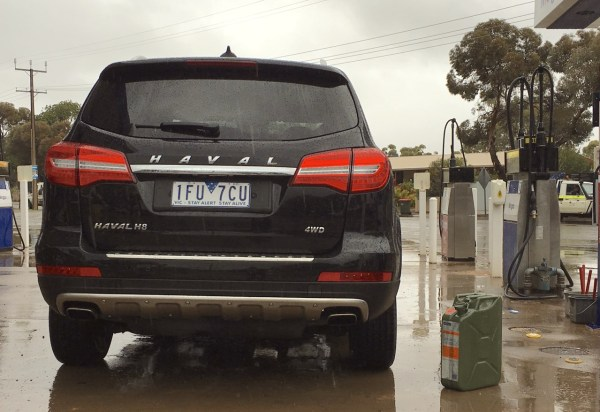 Haval H8 Jerrycan Hawker