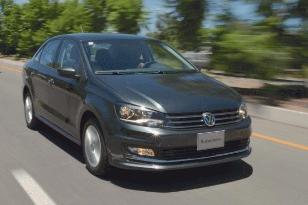 VW Vento Mexico April 2016. Picture courtesy automovilonline.com.mx