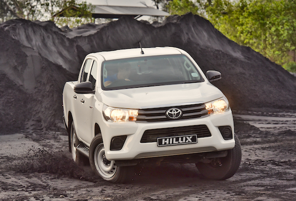 Toyota Hilux New Caledonia August 2016