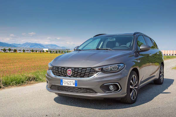 Fiat Tipo Spain July 2016. Picture courtesy motorverso.com