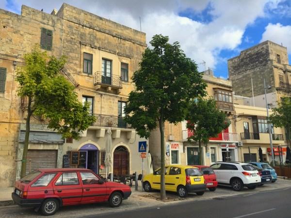6-birgu-street-scene