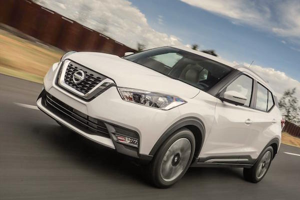 nissan-kicks-mexico-september-2016-picture-courtesy-autocosmos-com