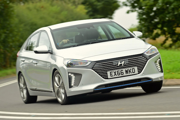 Hyundai Ioniq Europe October 2016-picture-courtesy-autoexpress-co-uk