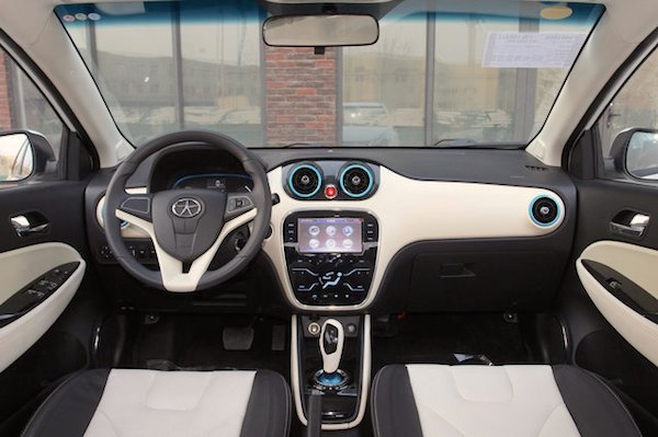 jac-iev-interior-china-september-2016